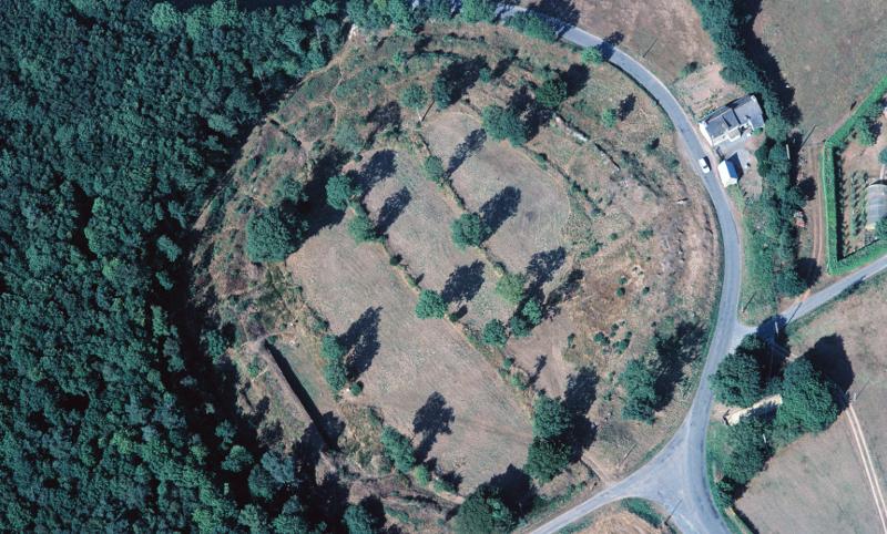 Vue aérienne du camp de Péran