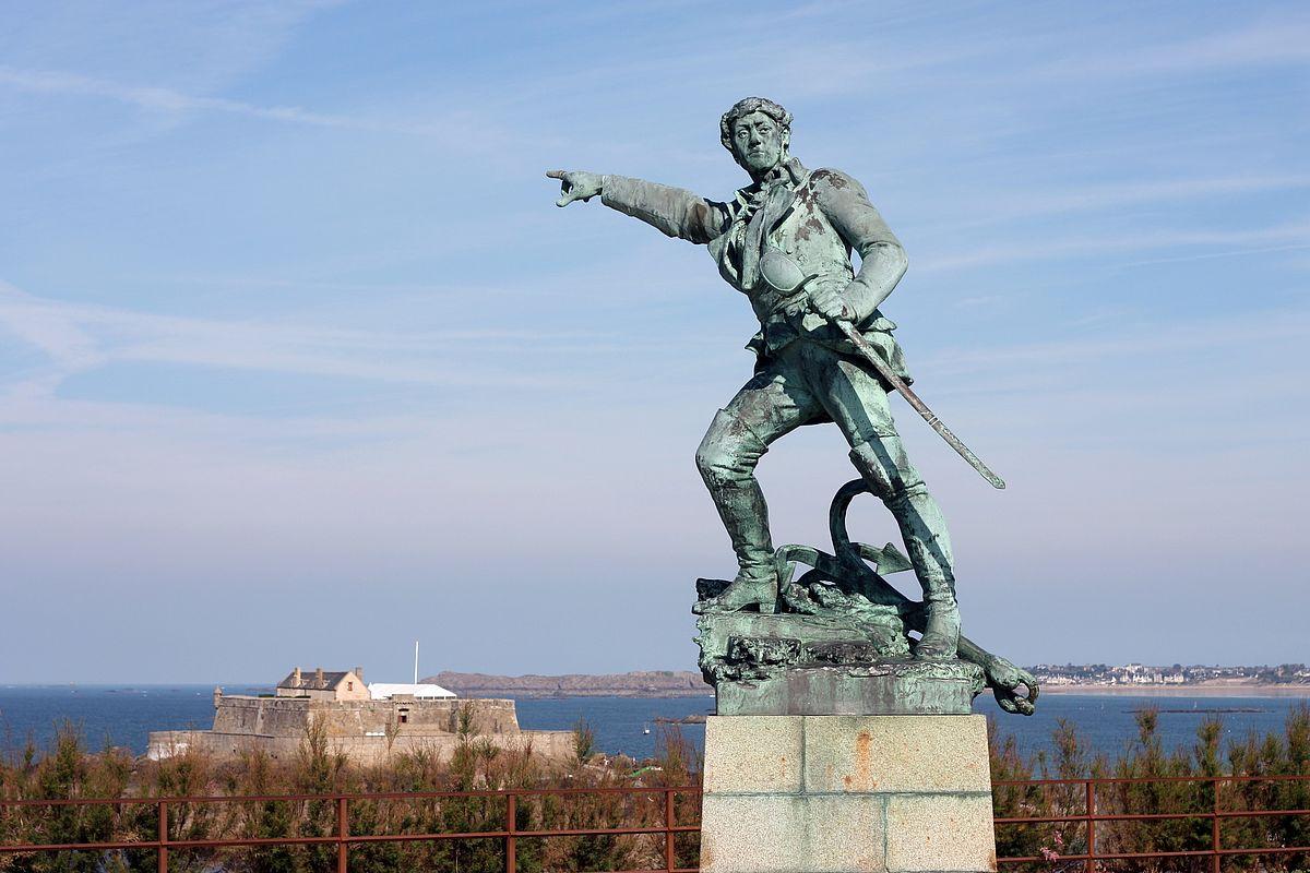 Statue de Surcouf à Saint-Malo